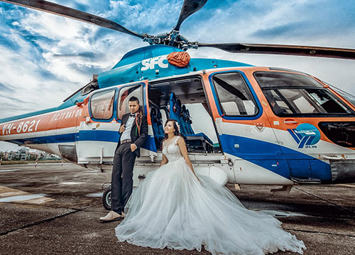 Wedding Photography and Honeymoon Tour with Helicopter