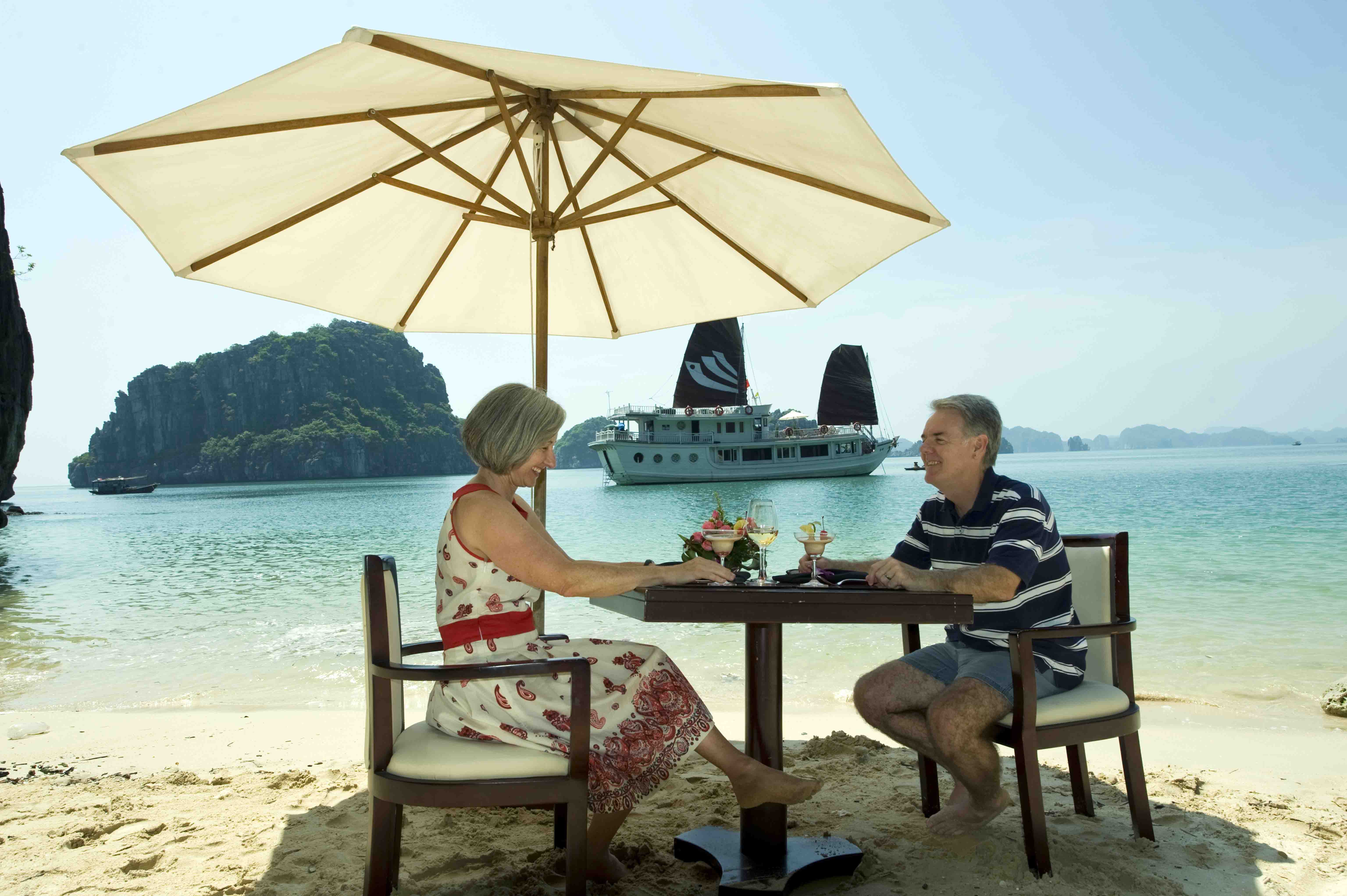 Lunch on the beach for honeymooners in Halong Bay